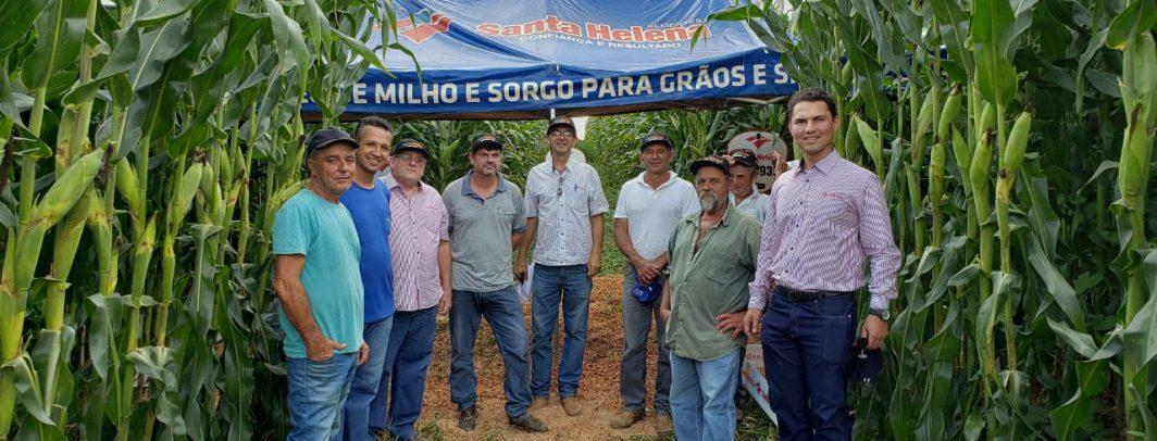 Santa Helena Sementes realiza Dia de Campo em Carrancas/MG