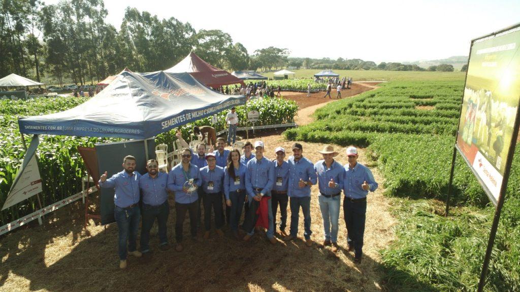 Santa Helena Sementes participa do dia de campo Sematec em Patos de Minas/MG